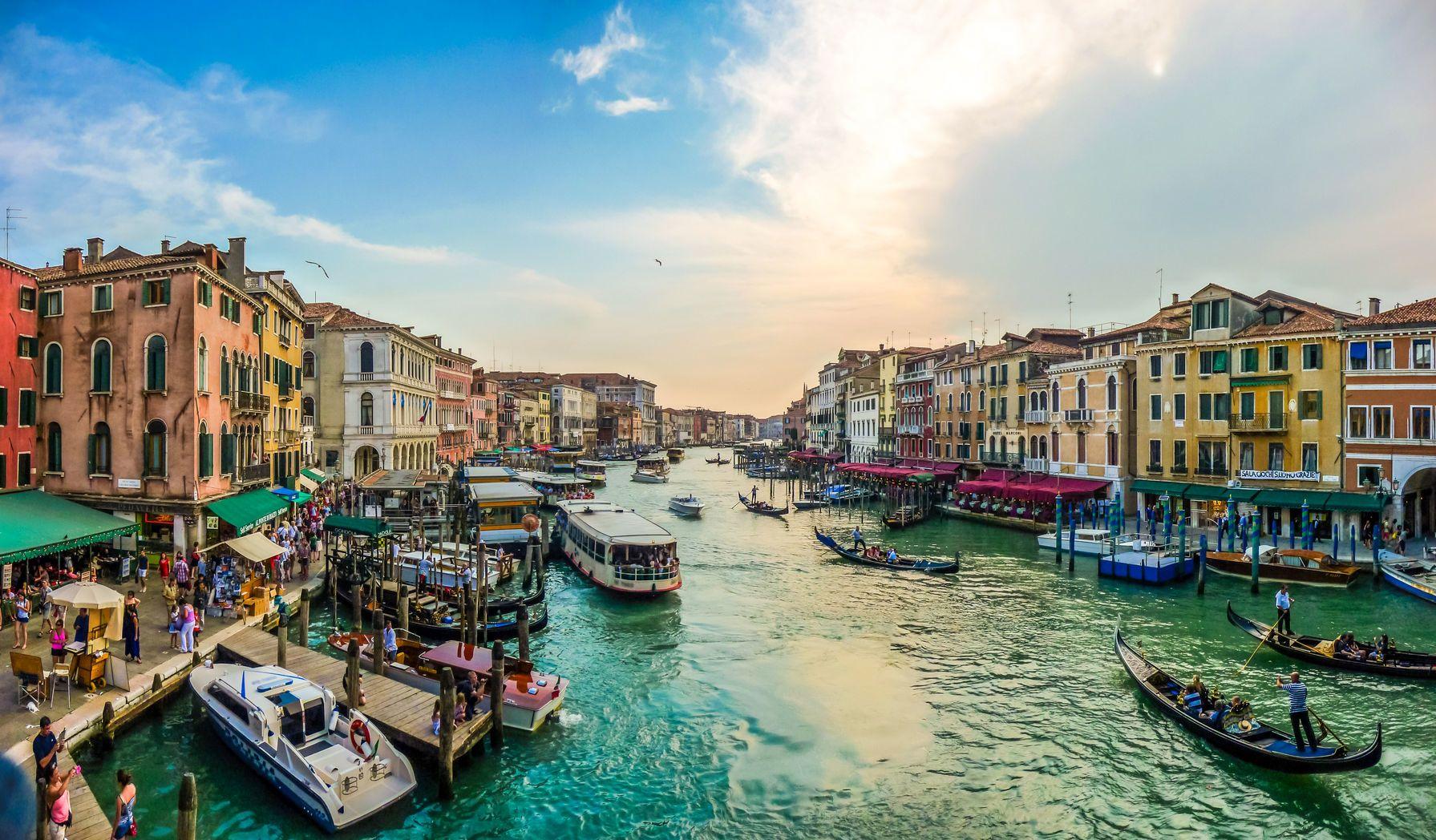 Benátky v Itálii - parkování, doprava