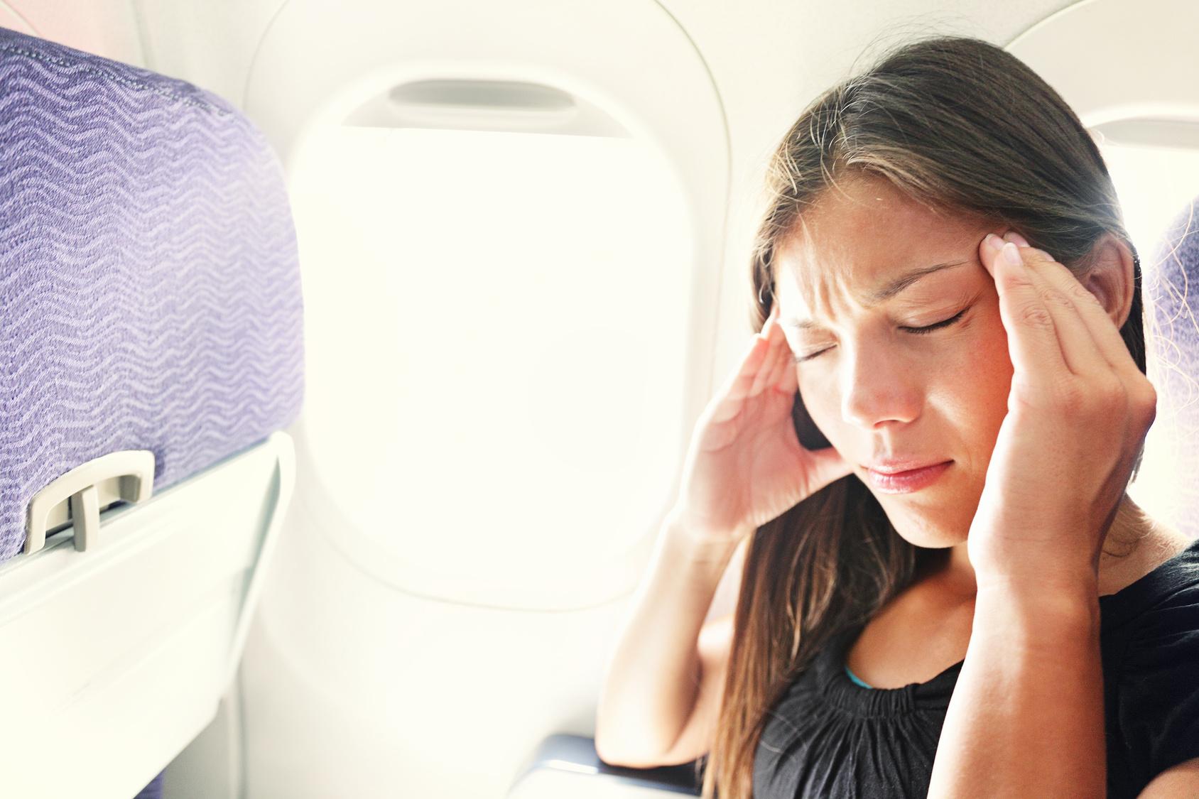 Co na bolest uší v letadle - rychlá pomoc