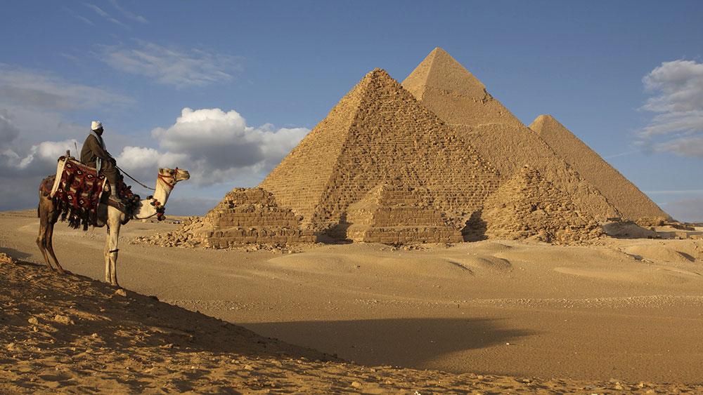 Očkování před cestou do Egypta - zdravotní rizika, povinná a doporučená očkování