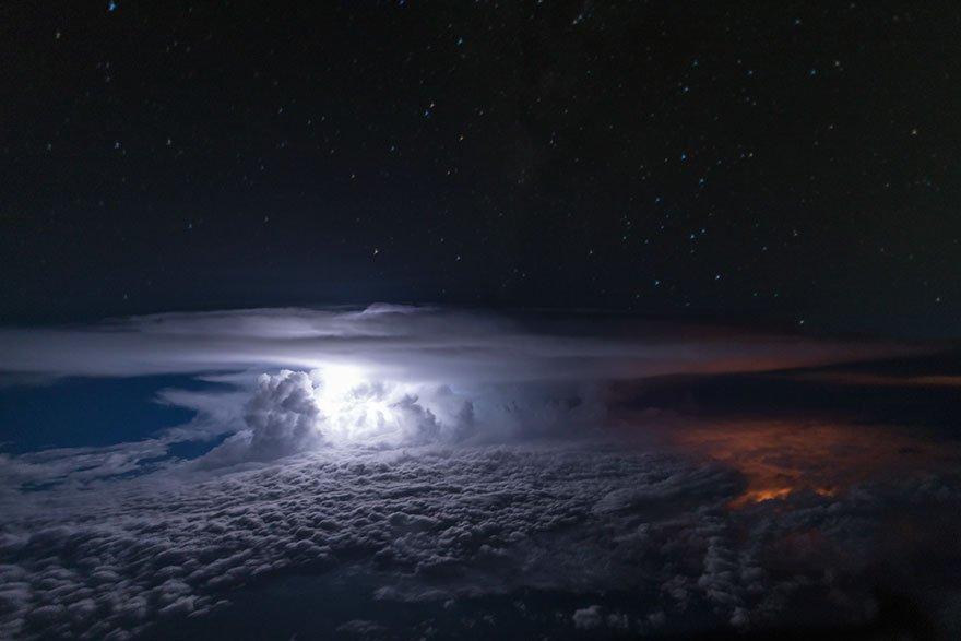 Fotografie zachycená nad kolumbijskou Amazonií, foto: Santiago Borja Lopez