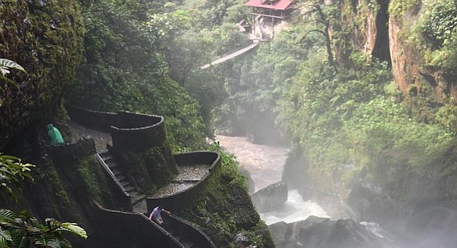 Ďáblův kotel - unikátní vodopád v Ekvádoru